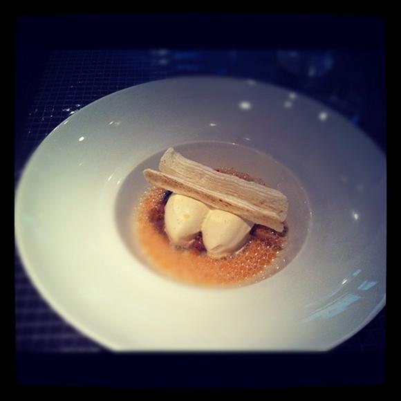 Blog vin - Ze Kitchen Gallery - Glace chocolat blanc - wasabi - sesame noir et emulsion thé jasmin