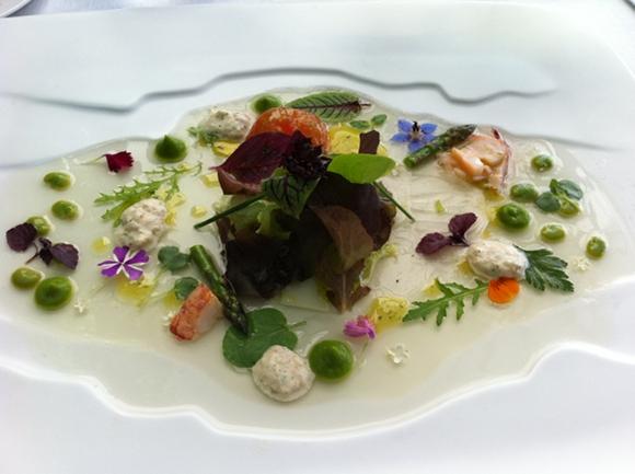 Martin Berasategui - Salade tiede coeur de legumes avec crustaces - creme de laitue - carpaccio de fanon de porc